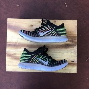 Nike Flynit running shoes